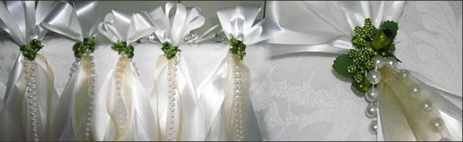 Pew Bows Can Be Long Or Short And There Are Lots Of Different Styles Church Wedding Decorations