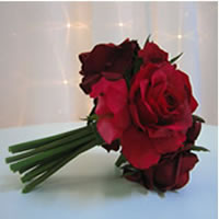 Red rose posy for hire